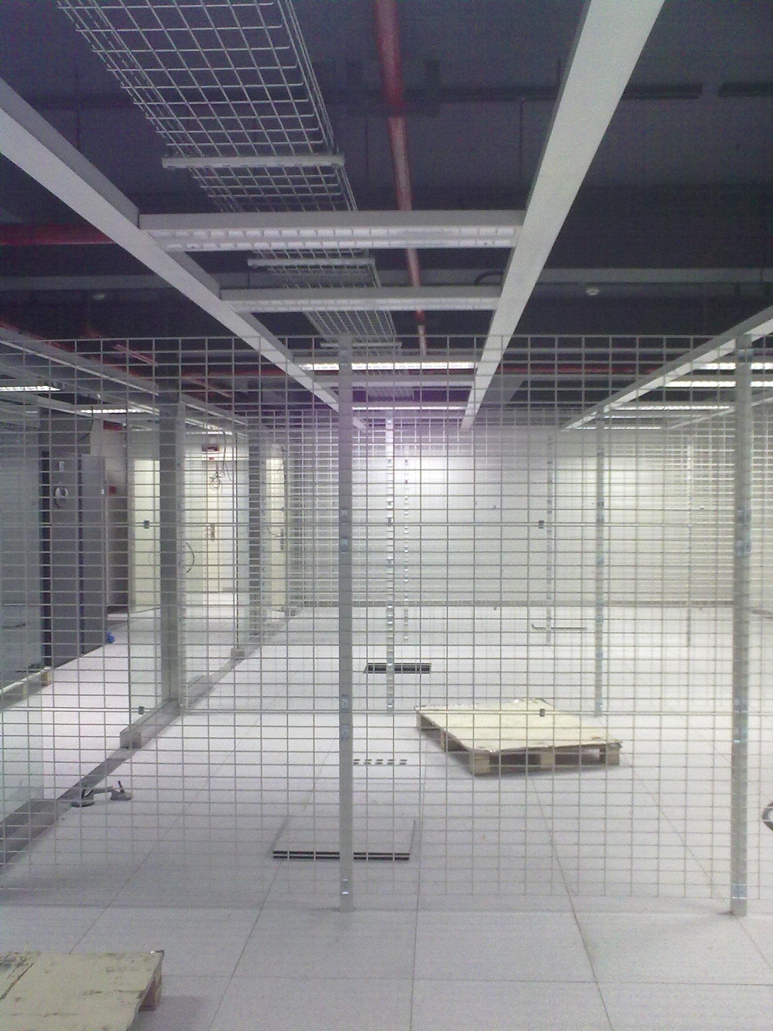 机房无铝扣板吊顶设计高清图片